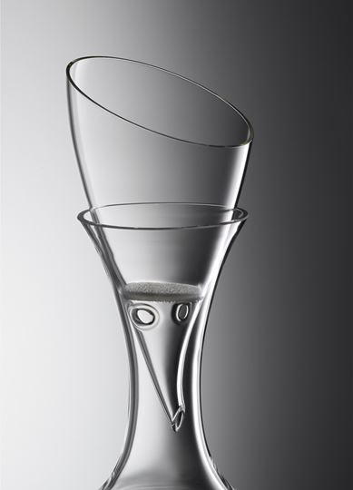 Picture of Eisch Crystal Aerating Funnel with Strainer