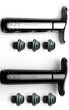 Picture of Le Creuset Wine Pump and 3 Stoppers